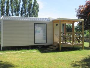 Hebergement Camping Val de Boutonne : Mobile Home (4 Adultes)