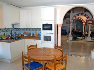Hebergement Holiday Home Les Ecuries : photos des chambres
