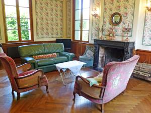 Hebergement Holiday Home La Romanesque : photos des chambres