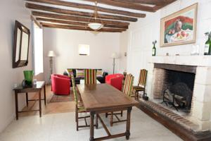 Chambres d'hotes/B&B Chateau Celle Guenand : Maison 2 Chambres