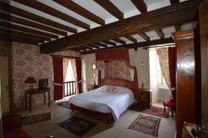 Hebergement Hotel The Originals Le Chateau de la Roque (ex Relais du Silence) : photos des chambres