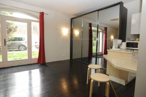 Appartement La Poulotte : photos des chambres