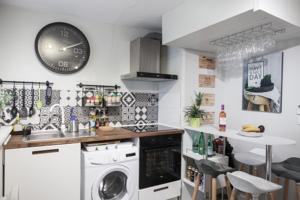 Appartement Duplex Saint Jean - SuperBordeaux : photos des chambres