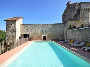 Hebergement Holiday home Chateau D Agen I : photos des chambres