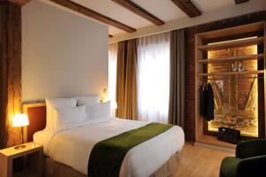 5 Terres Hotel & Spa Barr - MGallery by Sofitel : Chambre Lit Queen-Size