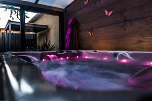 Hebergement Loft Jacuzzi Privatif : photos des chambres