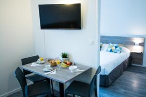 Hebergement Zenitude Hotel-Residences Bordeaux Aeroport Merignac : Appartement (4 Adultes)