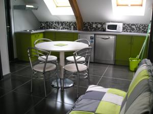 Appartement Residence Malyce : Studio Herbe Folle