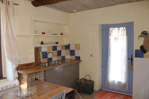 Hebergement The Little Yellow House South of France : photos des chambres