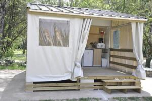 Hebergement Camping Le Coin Charmant : photos des chambres