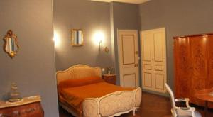 Chambres d'hotes/B&B Chambres d'Hotes Le Chateau des Requetes : Chambre Double Deluxe