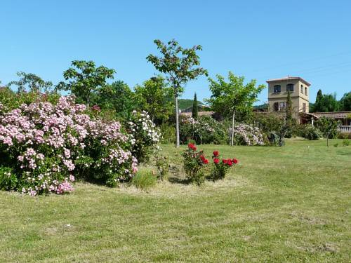Holiday Home Les Ecuries : Hebergement proche de Coustaussa