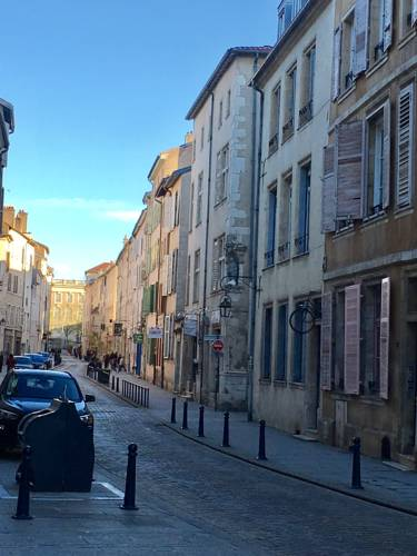 Le Saint Epvre : Appartement proche de Nancy