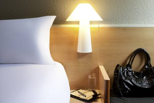 hotel chambery r servation h tels chamb ry 73000. Black Bedroom Furniture Sets. Home Design Ideas