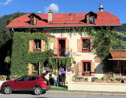 Hotel megeve r servation h tels meg ve 74120 for Hotels 3 etoiles megeve
