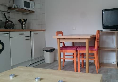 Appartement Studio Saint Nazaire Centre entre Marche et Gare : Appartement proche de Saint-Nazaire