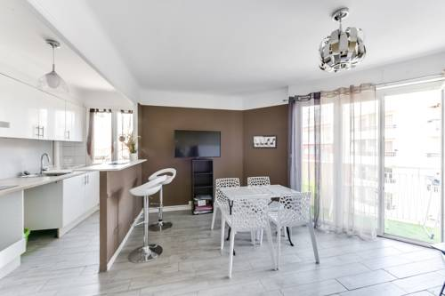 Apartment Welkeys Antibes Wilson : Appartement proche d'Antibes