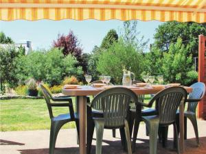 Hebergement Holiday Home Guehenno Route De Chateauneuf : photos des chambres