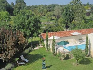 Hebergement Holiday Home Beurlay Rue Rene Caille : photos des chambres