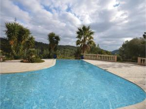 Hebergement Three-Bedroom Holiday Home in Sollies Toucas : photos des chambres