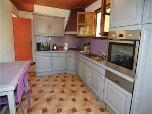 Hebergement Holiday home Bordezac 90 with Outdoor Swimmingpool : photos des chambres