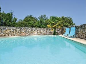 Hebergement Five-Bedroom Holiday Home in Padirac : photos des chambres