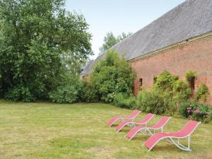 Hebergement Holiday Home Gouy Saint Andre with a Fireplace 05 : photos des chambres