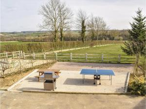 Hebergement Four-Bedroom Holiday Home in Villers-Sous-Foucarmo. : photos des chambres
