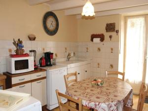 Hebergement Holiday Home la Crotte - 04 : photos des chambres