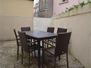 Hebergement Two-Bedroom Holiday Home in Langrune-Sur-Mer : photos des chambres