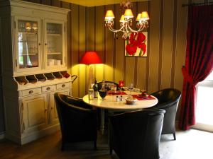 Hotel The Originals Bruay-la-Buissiere Le Cottage (ex Inter-Hotel) : photos des chambres
