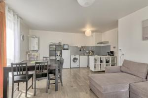 Appartement Meredith Apartment (Sleepngo) : photos des chambres