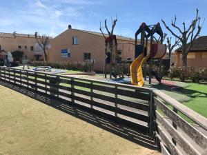 Hebergement Mobile Home Camping Valras Plage : photos des chambres