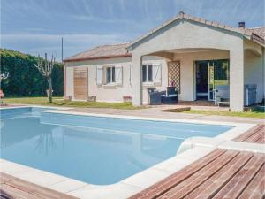 Hebergement Four-Bedroom Holiday Home in Villeneuve Sur Lot : photos des chambres