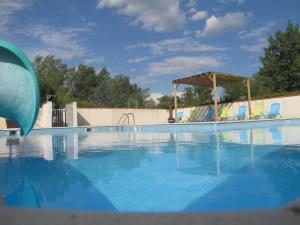 Hebergement Camping Village Grand Sud *** : photos des chambres