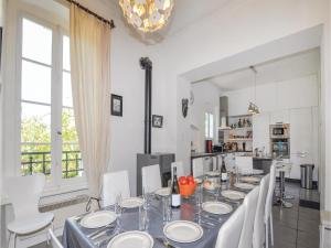 Hebergement Holiday Home Capendu with a Fireplace 08 : photos des chambres