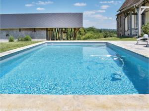 Hebergement Three-Bedroom Holiday Home in Gournay-en-Bray : photos des chambres