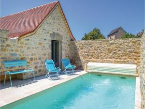 Hebergement Two-Bedroom Holiday Home in Toulonjac : photos des chambres