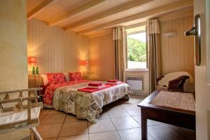 Hebergement Marcus Villa Sleeps 8 Pool WiFi : photos des chambres