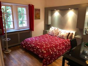 Chambres d'hotes/B&B COTTAGE ANGLO-NORMAND CHANTILLY : photos des chambres