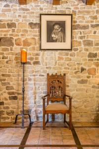 Hebergement Beaucharmoy Chateau Sleeps 8 WiFi : photos des chambres