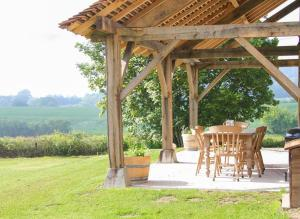 Hebergement Les Herards Villa Sleeps 6 Pool WiFi : photos des chambres