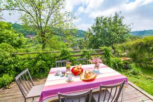 Hebergement Le Vallon Villa Sleeps 5 WiFi : photos des chambres