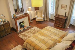 Hebergement Le Bourg Villa Sleeps 12 Pool Air Con WiFi : photos des chambres