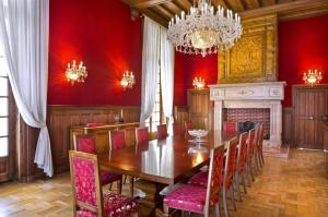 Hebergement Attainville Chateau Sleeps 27 WiFi : photos des chambres