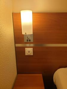 Comfort Hotel Aeroport Lyon St Exupery : photos des chambres