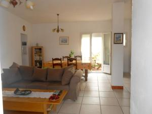 Hebergement Holiday home Montee Montgrand : photos des chambres