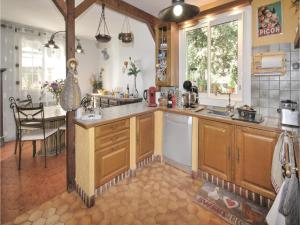 Hebergement Two-Bedroom Holiday Home in Ste Anastasie : photos des chambres