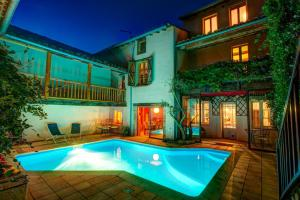 Hebergement Gaillac Villa Sleeps 6 Pool WiFi : photos des chambres