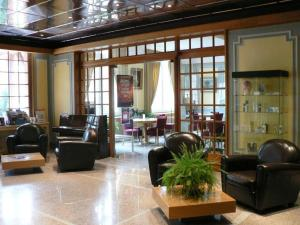 Hotel Le Continental : photos des chambres